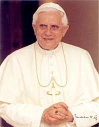 benoit-xvi Benoît XVI dans ACTES PETRINIENS
